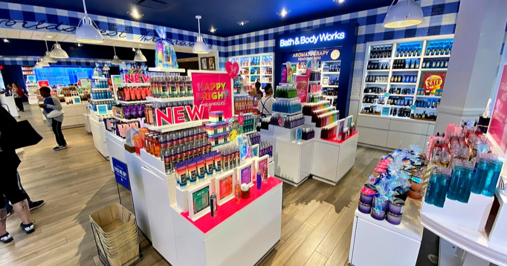 Bath and Body Works Spring time store front