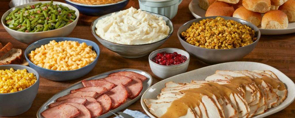 mashed potatoes, corn, food on table