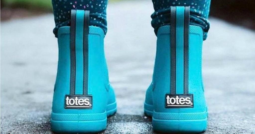 Cirrus Totes Rain Boots in blue