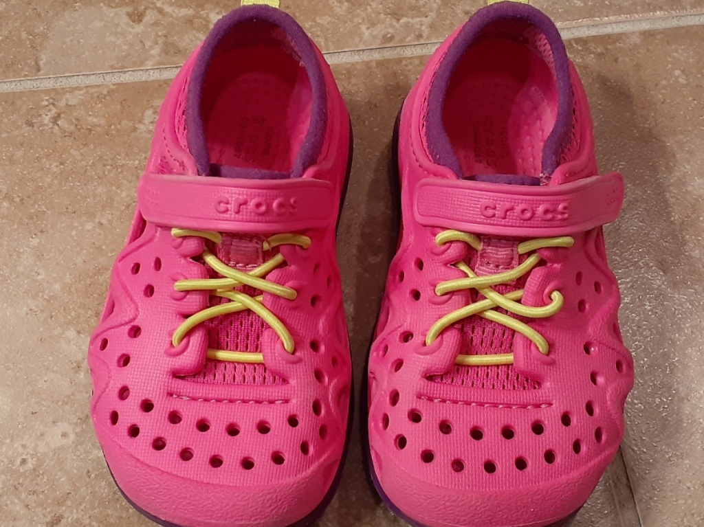 pink kids play shoes