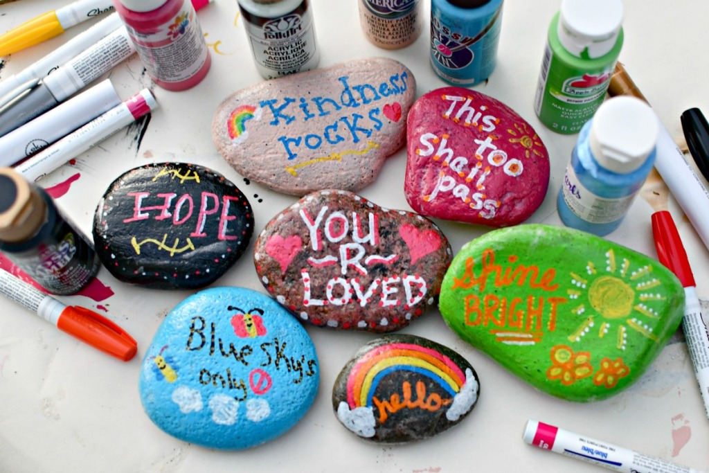 DIY Kindness Rocks