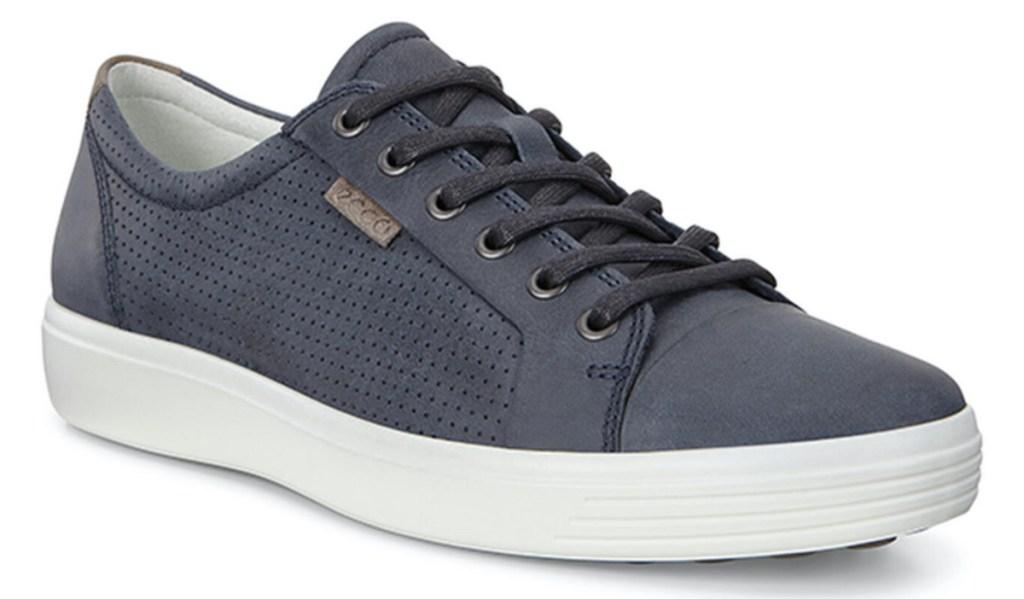 men's blue sneaker
