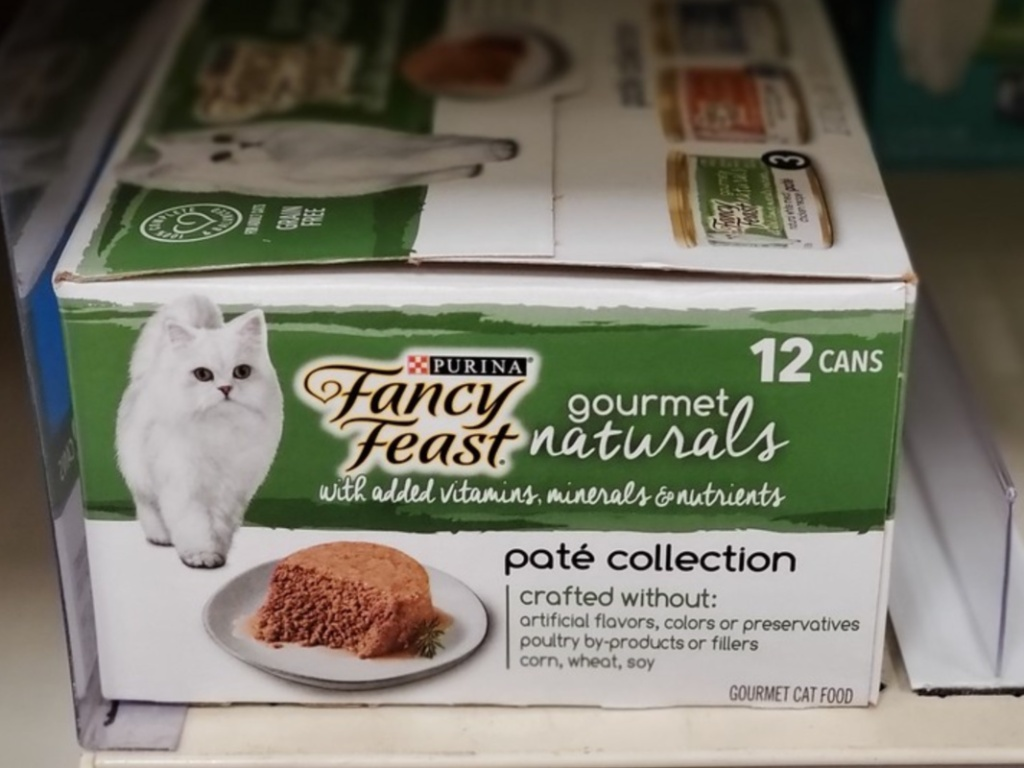pack of wet cat food cans