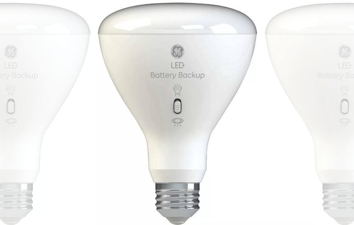 Battery backed up LED Light bulb