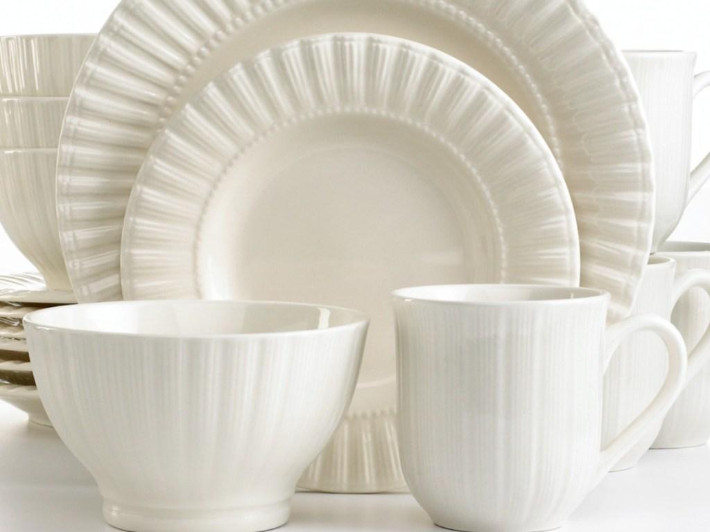 Macy's dinnerware set