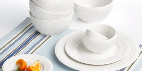 Up to 70% Off Dinnerware Sets on Macy's.com