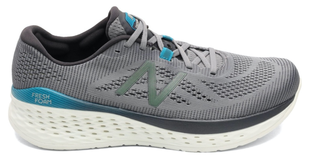 men's grey and blue running shoe