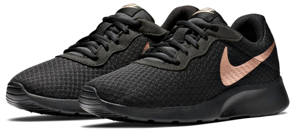 Nike Women's Tanjun Sneaker