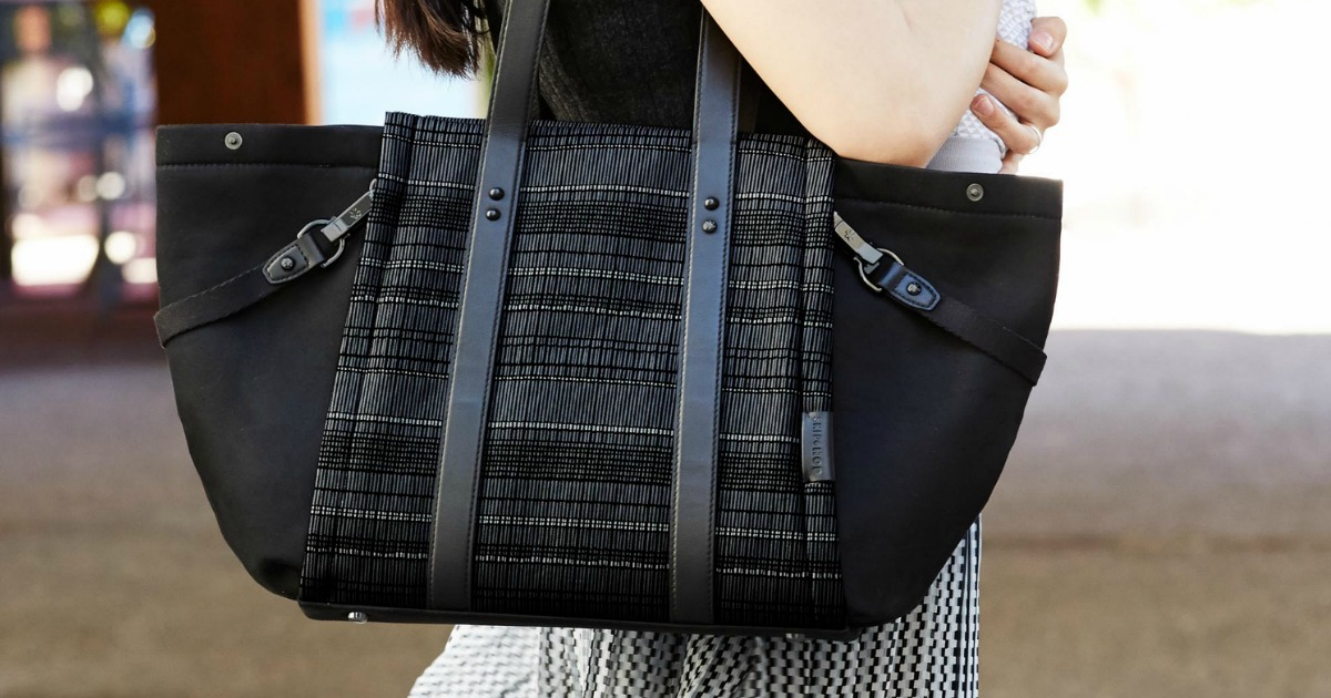 Large fashion diaper bag in black with plaid