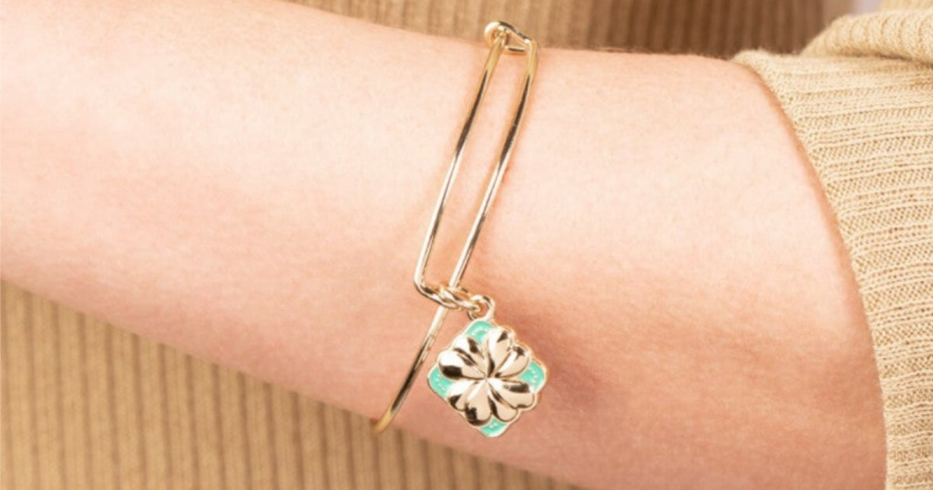 alex and ani bangle shamrock