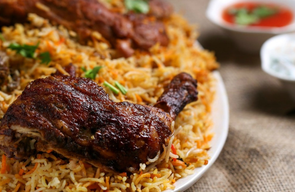 heavily spiced chicken and rice dish