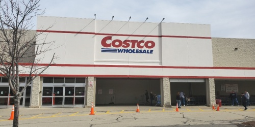 Costco Now Giving Priority Access to Health Care Workers and First Responders