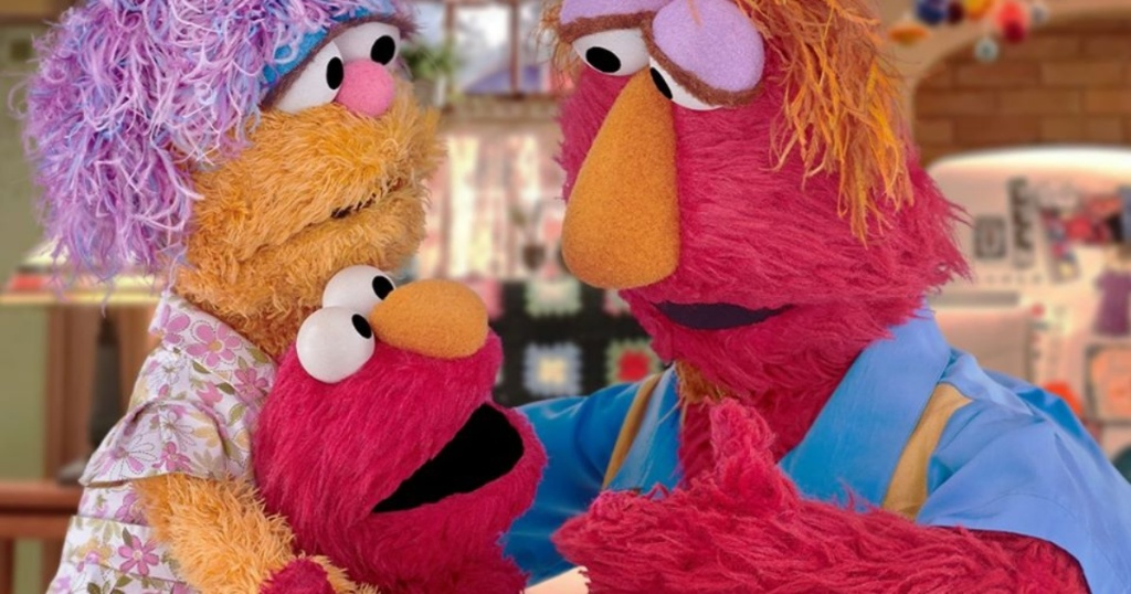 Elmo with his parents