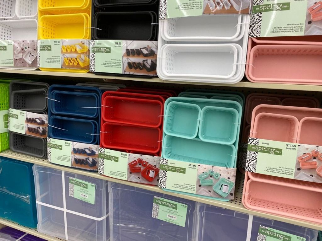 store shelf with various multi-piece storage container sets