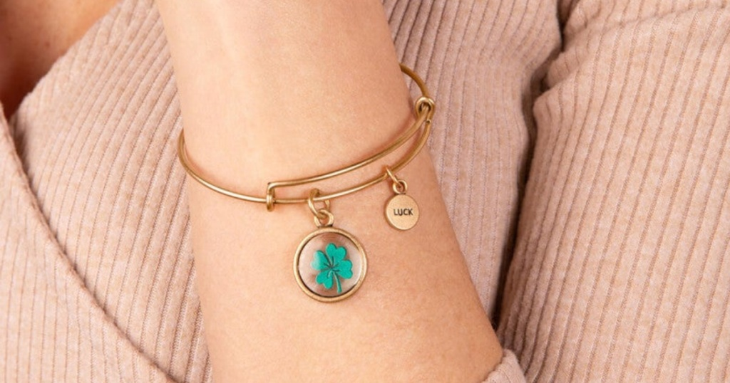 alex and ani luck mantra bangle