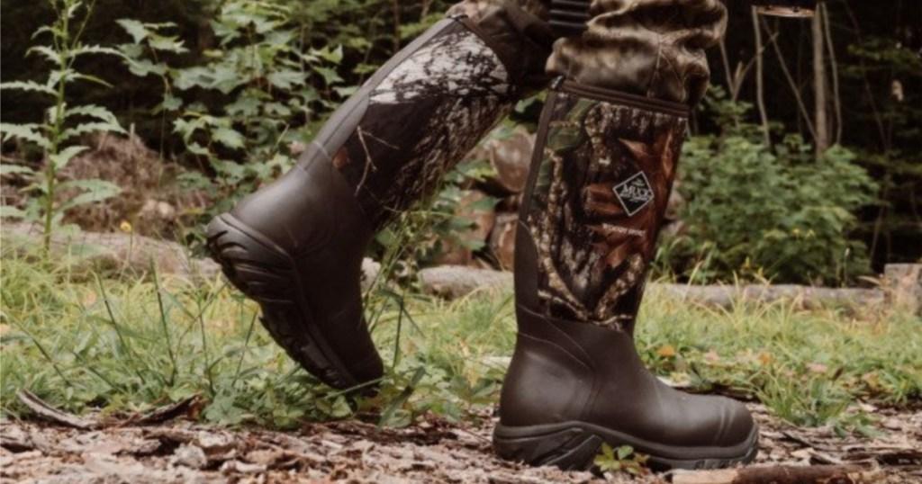 muck boot mossy oak in field