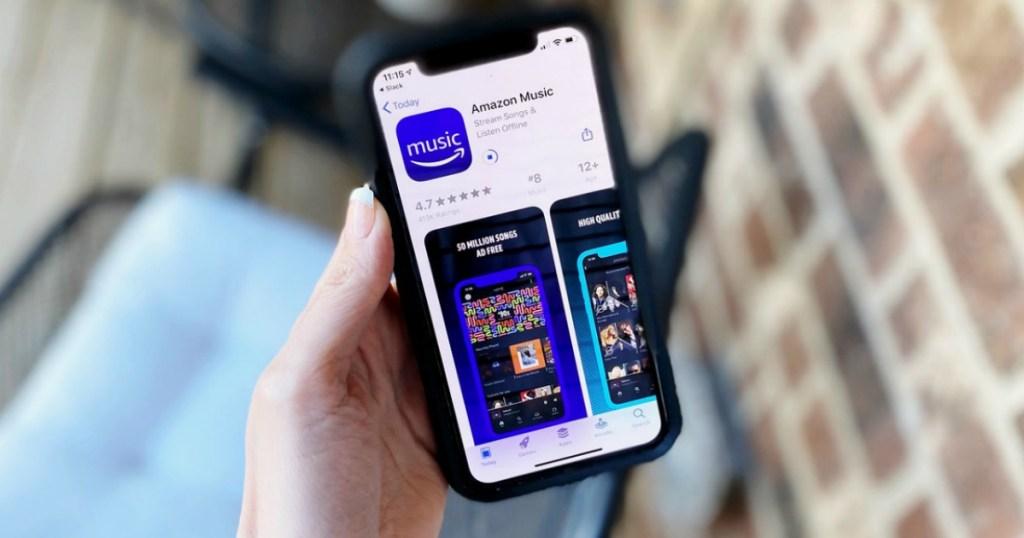 Phone downloading the Amazon Music app