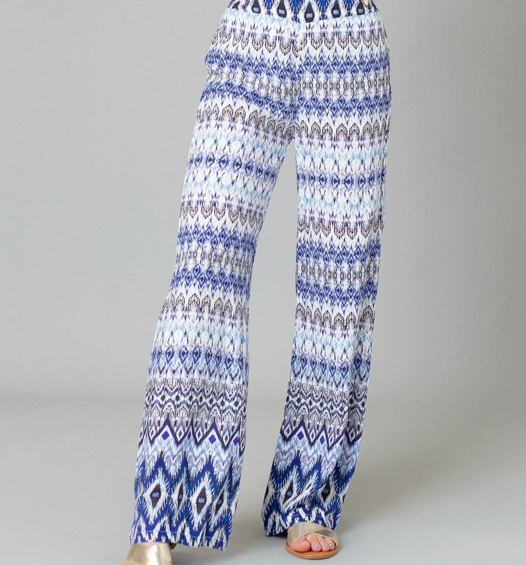 woman wearing blue and white palazzo pants