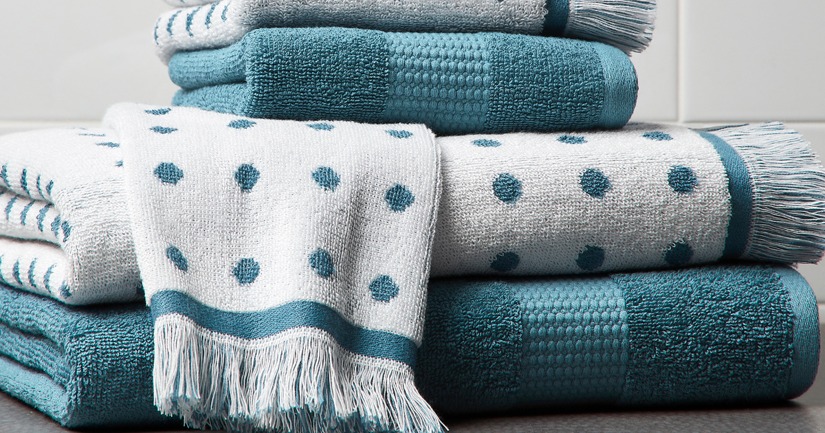 Better Homes /& Gardens BHGV35-SN Safford Bath Towel /& Robe Hook Satin Nickel