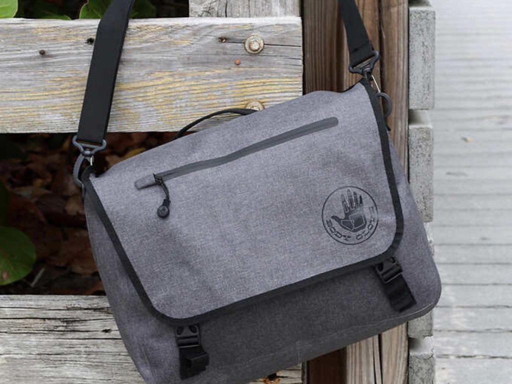 Body Glove Messenger Bag