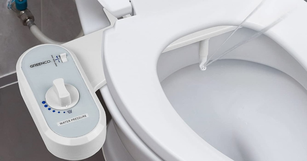 close up of Greenco Bidet Fresh Water Spray Non-Electric Mechanical Bidet Toilet Seat Attachment