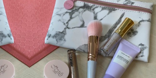 Free IPSY Beauty Box for First 50,000 Health Care Workers