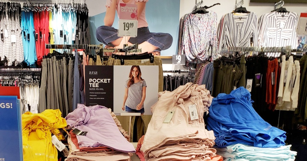 store display of womens summer clothing