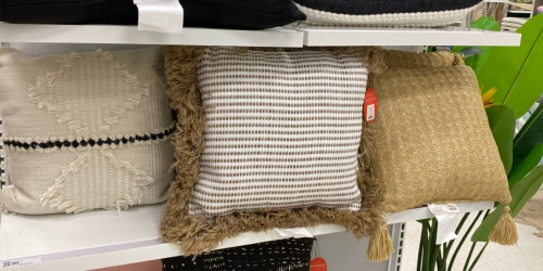 Up to 40% Off Outdoor Decorative Pillows on Target.com