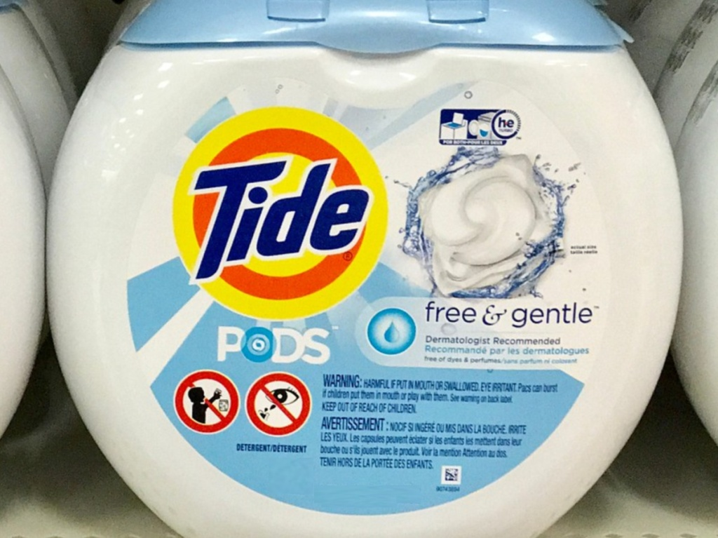 tub of laundry detergent pacs on store shelf