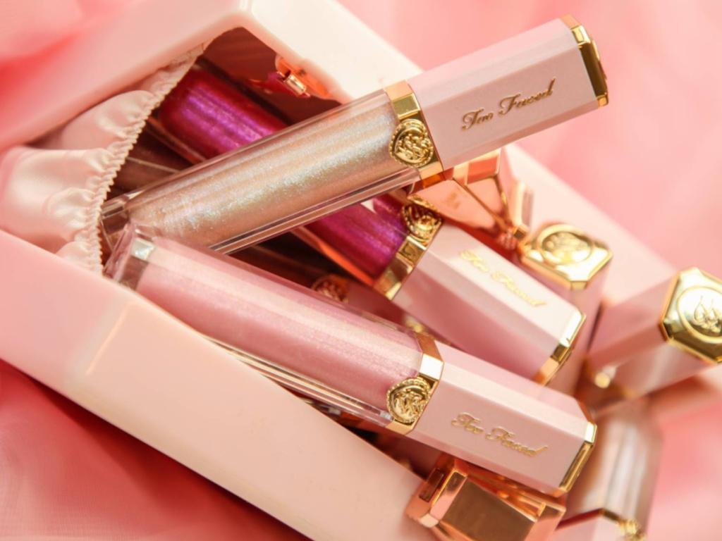 Too Faced Dazzing Lip Gloss