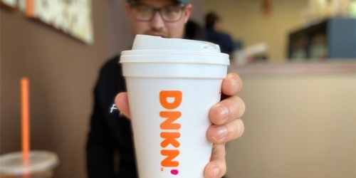 Dunkin' Expecting to Close 800 Locations