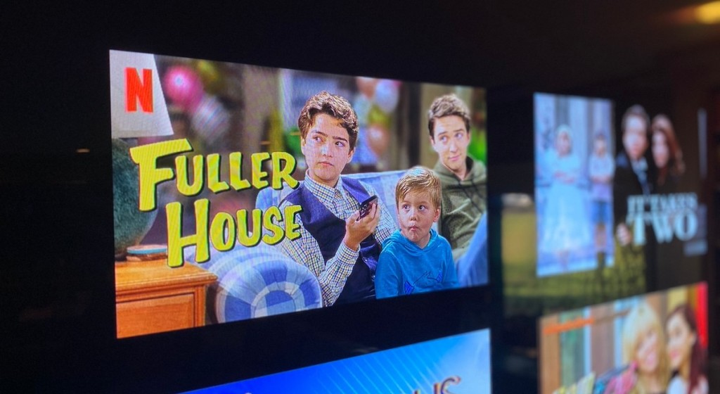 close up of screen with fuller house