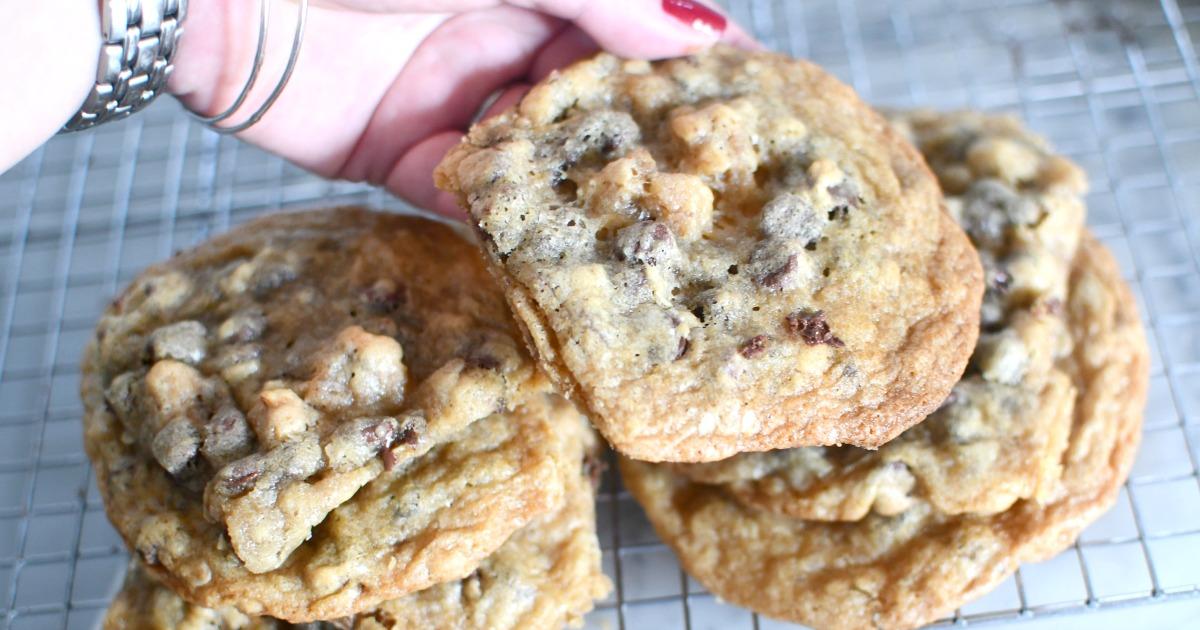 homemade Hilton DoubleTree cookies