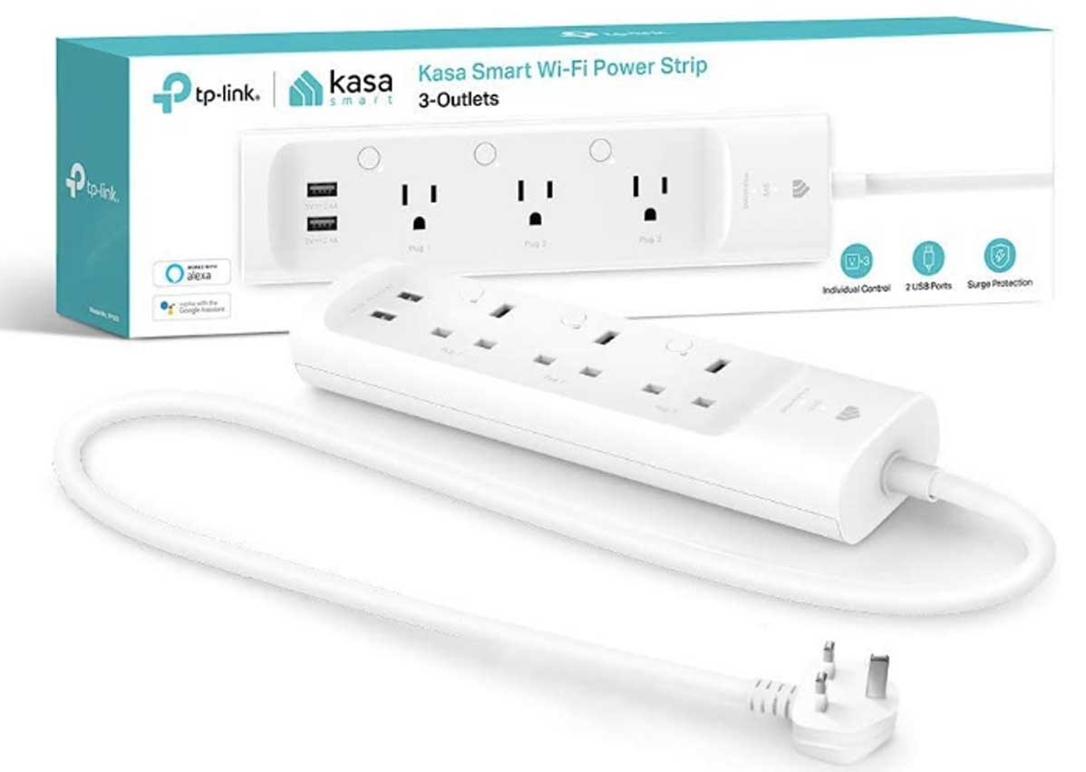 smart wifi power strip with 3 outlets and 2 outputs