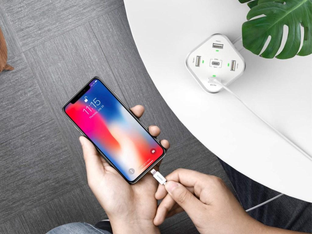 xcentz power station charging phone