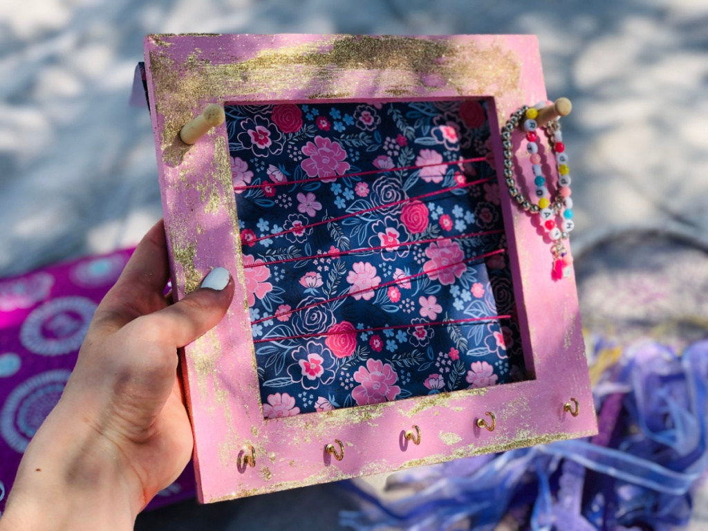Kerajinan bingkai foto DIY dari Annies Creative Girls Club