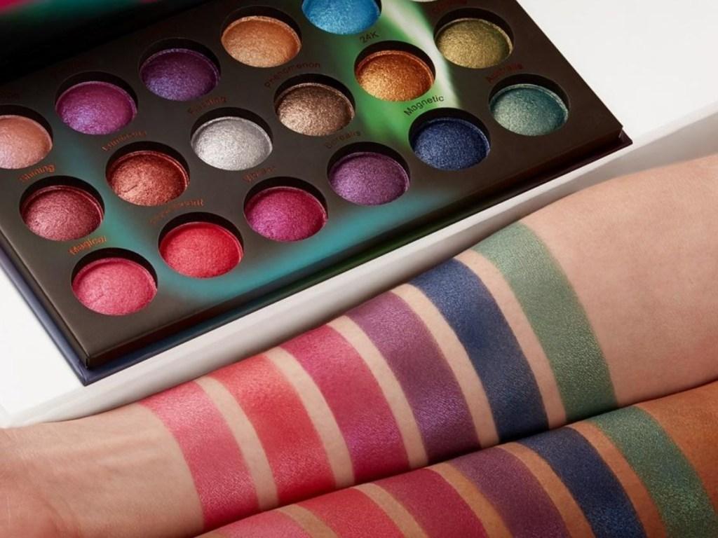 BH Cosmetics Aurora Light Baked Eyeshadow palette swatches