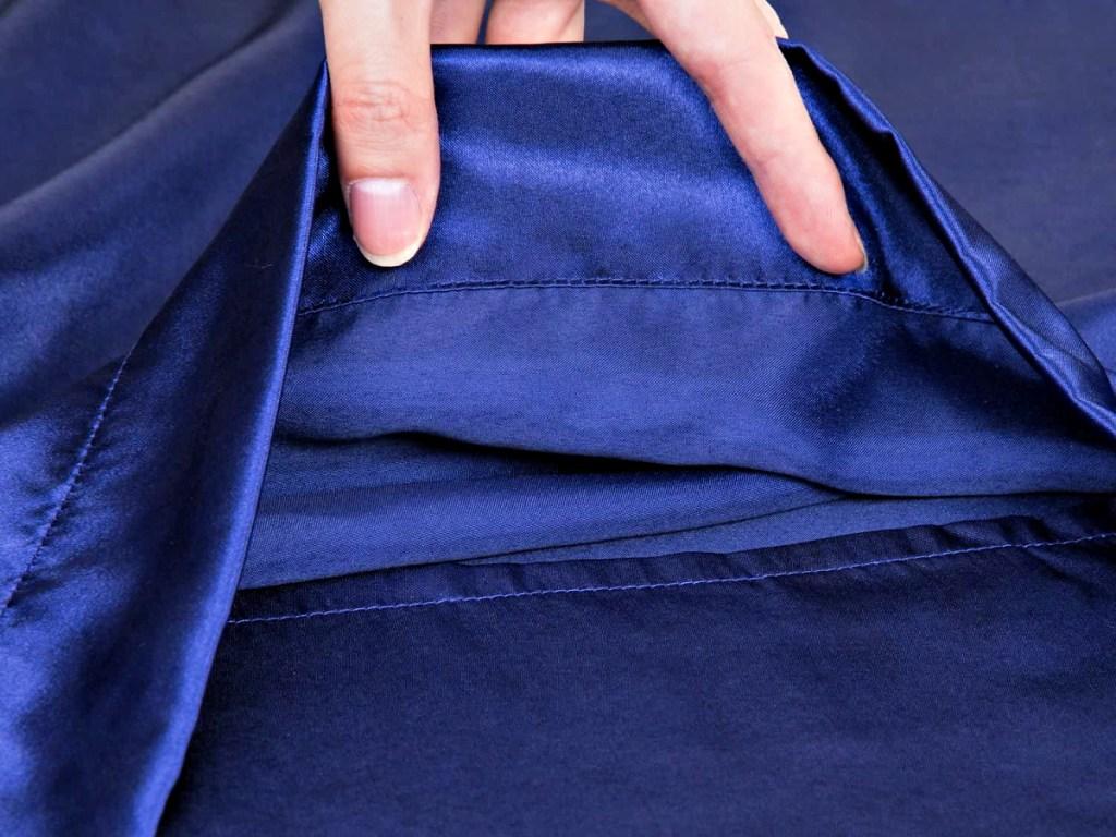 Bedsure Satin Pillowcase showing side enclosure