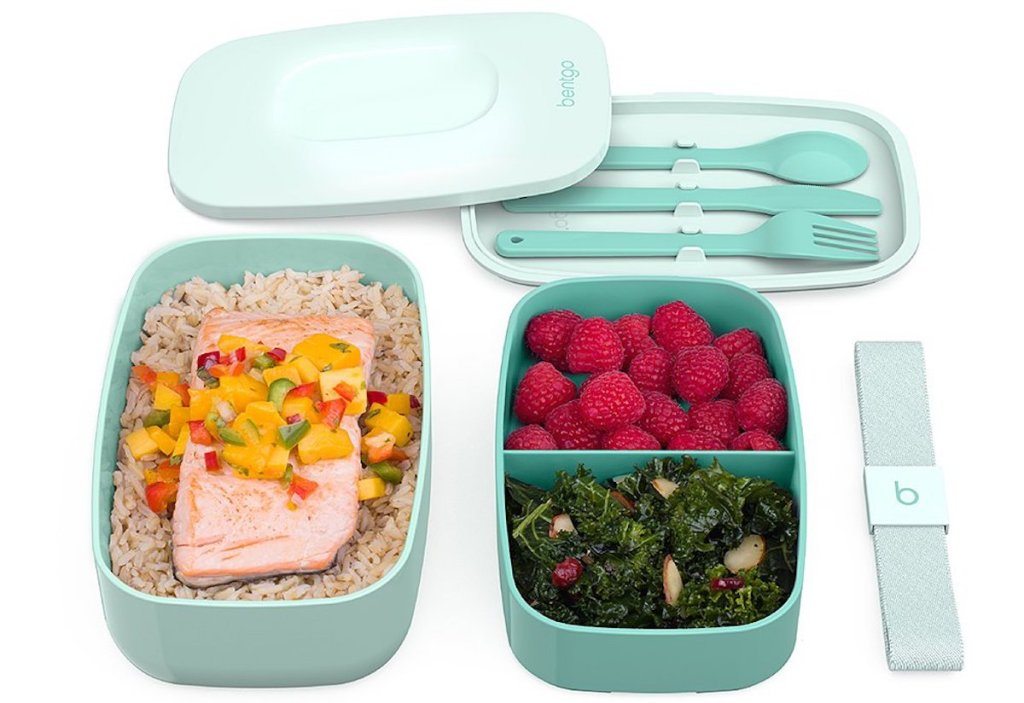 aqua colored Bentgo Classic Lunch Box