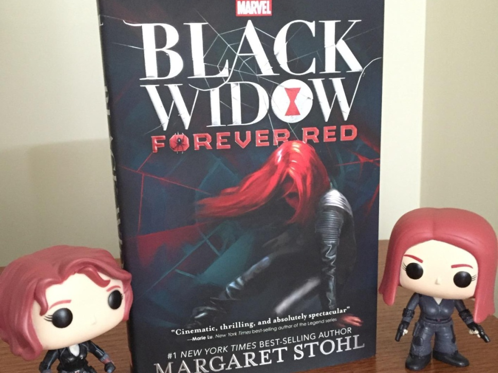 Black Widow Forever Red Book with Black Widow Figures