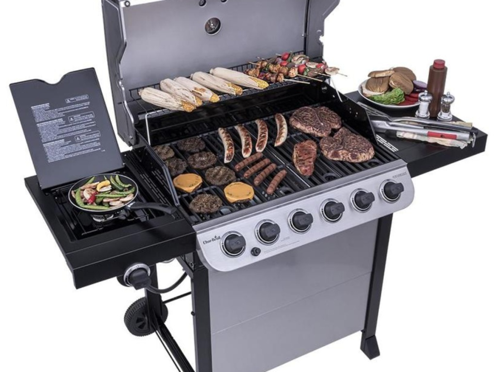 Char-Broil Performance 6-Burner Gas Grill with food