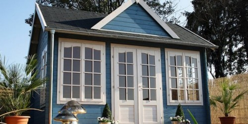 Amazon Sells DIY Backyard Guest Houses with Free Delivery