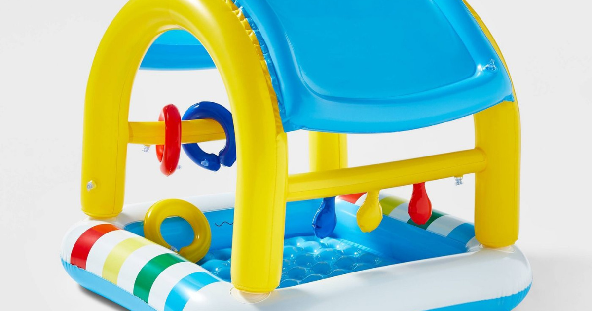inflatable baby pool and pool top with ring toys