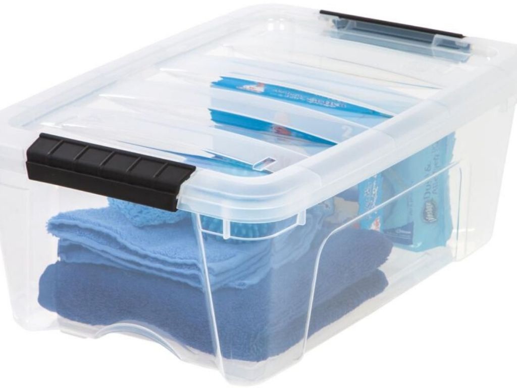 clear plastic storage container
