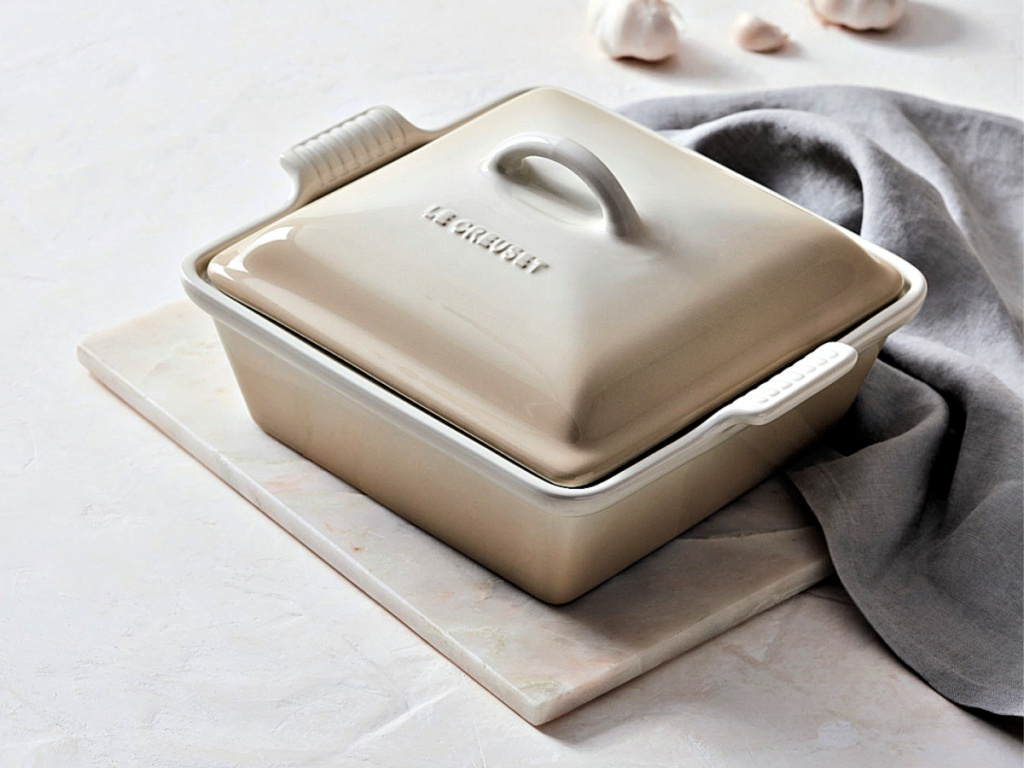 Le Creuset 2.5-Quart Covered Casserole on table