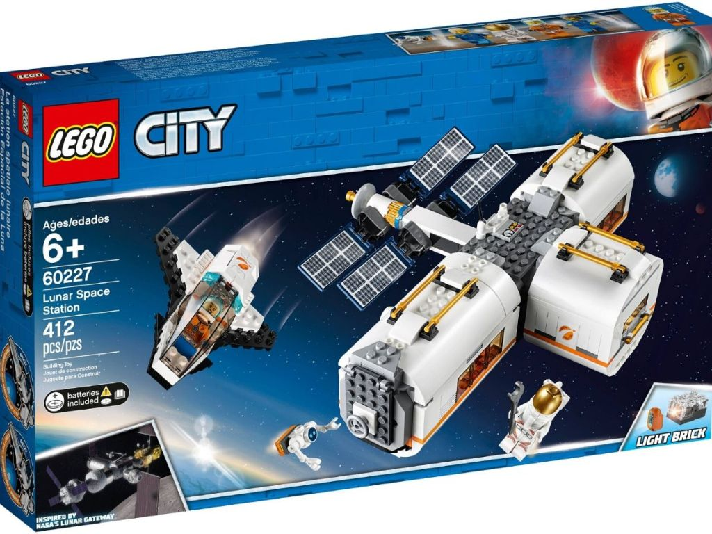 Lego City Lunar Space Station Set in Box