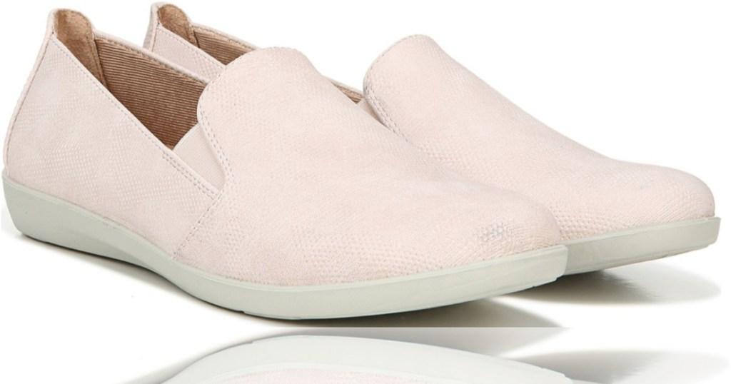 LifeStride light pink women's slip-on shoes