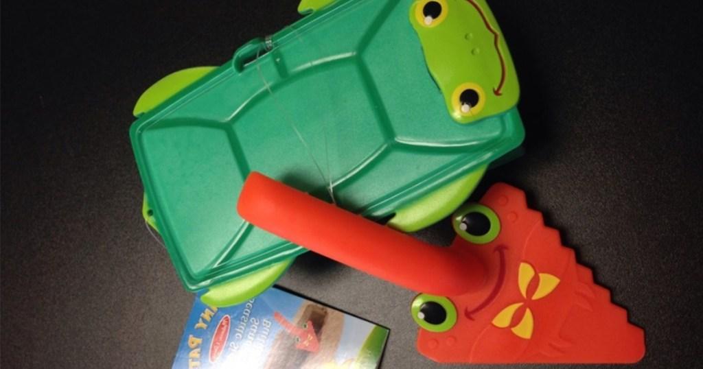 Melissa & Doug Seaside Sidekicks Brick Building Sand Toy