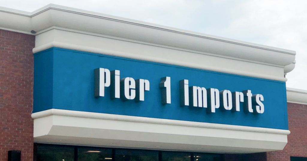 Pier 1 Imports store front