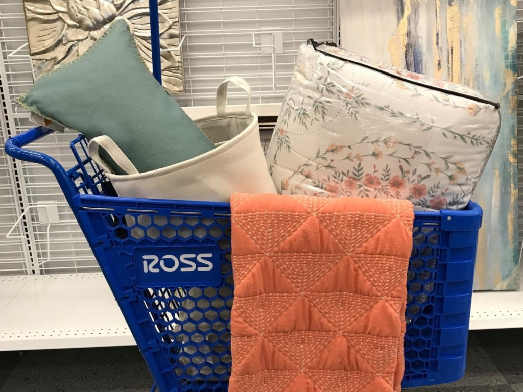 Ross shopping cart with pillows and blankets